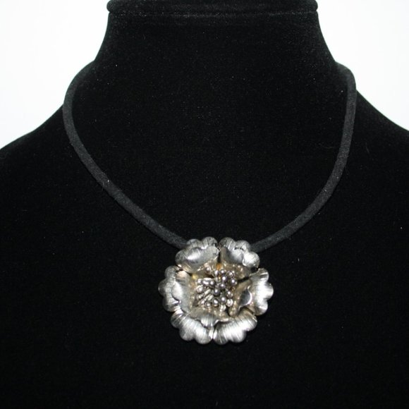 Vintagejelyfish Jewelry - Beautiful black cord necklace with silver flower